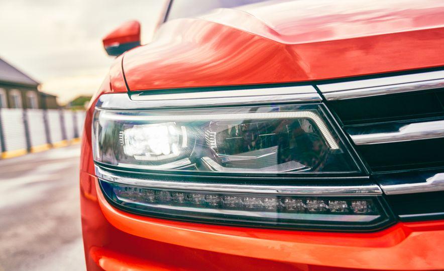 2018 Volkswagen Tiguan - Slide 24