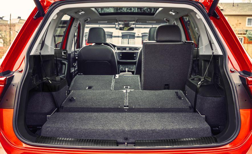 2018 Volkswagen Tiguan - Slide 49