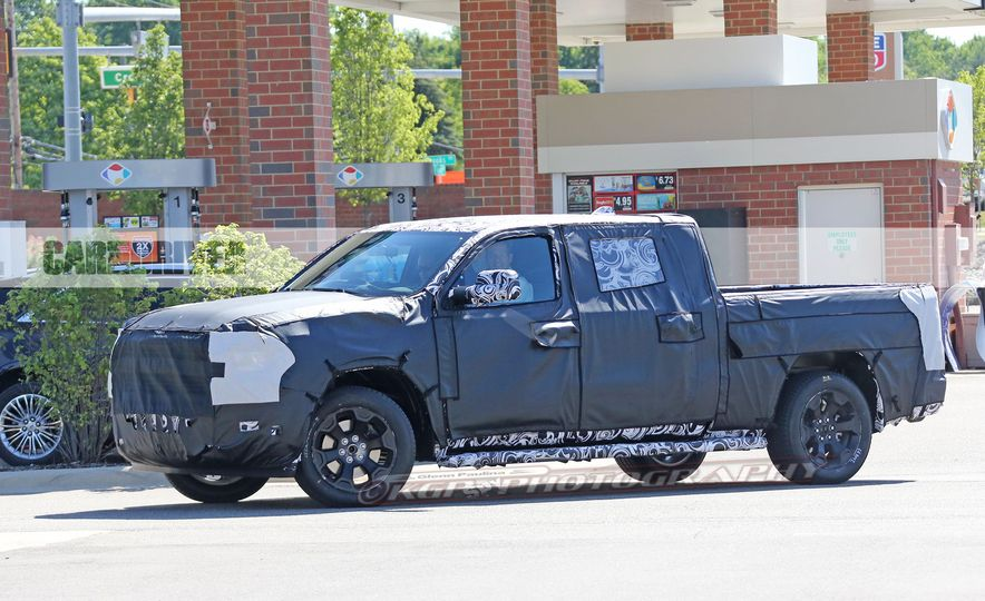 2019 Ram 1500 (spy photo) - Slide 15