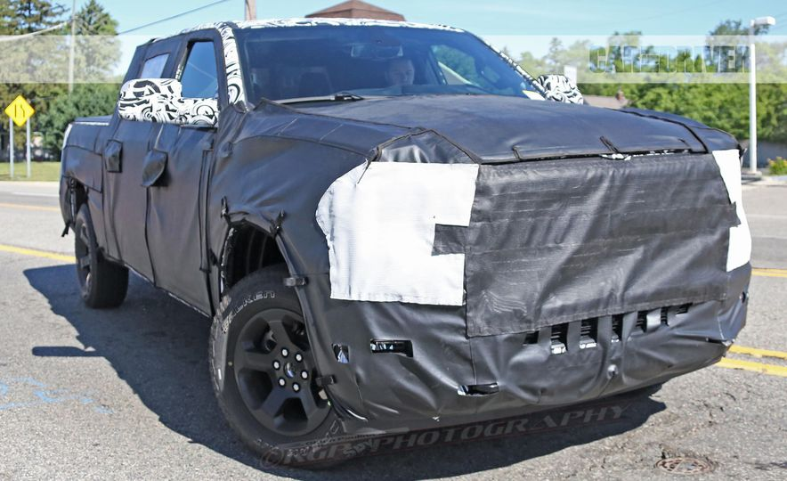 2019 Ram 1500 (spy photo) - Slide 17
