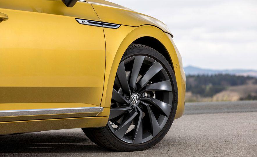 2019 Volkswagen Arteon - Slide 22