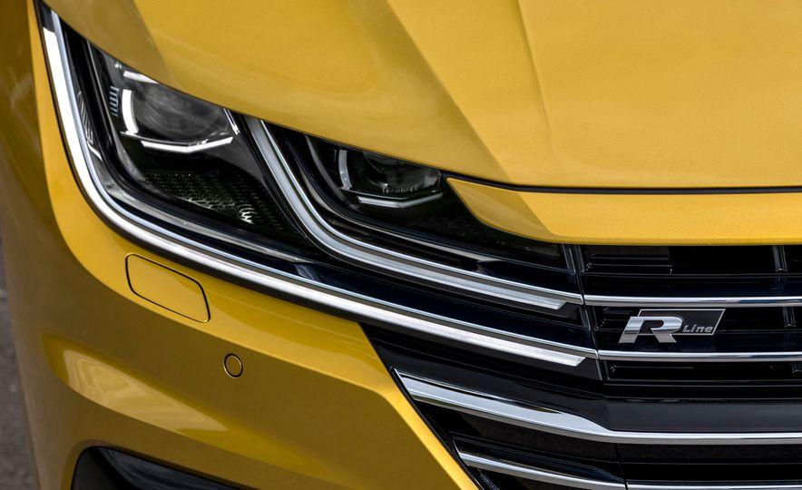 2019 Volkswagen Arteon - Slide 25
