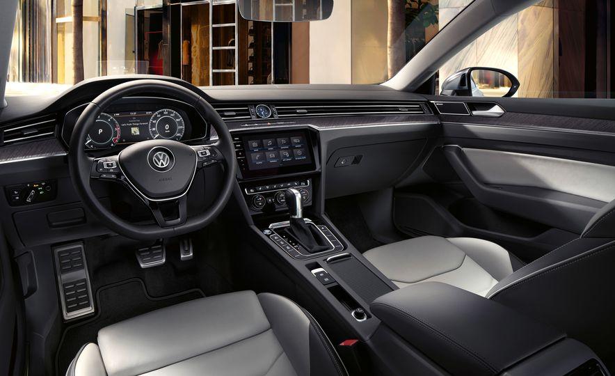 2019 Volkswagen Arteon - Slide 28