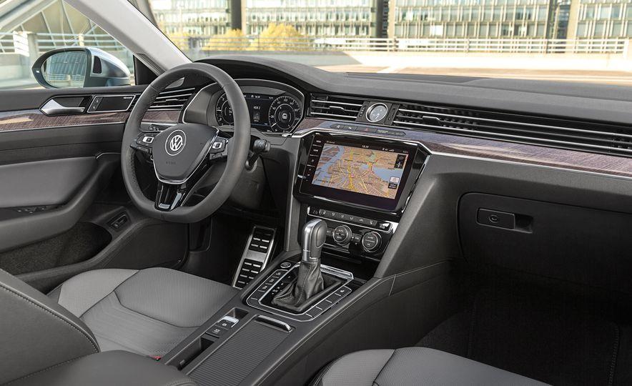 2019 Volkswagen Arteon - Slide 31