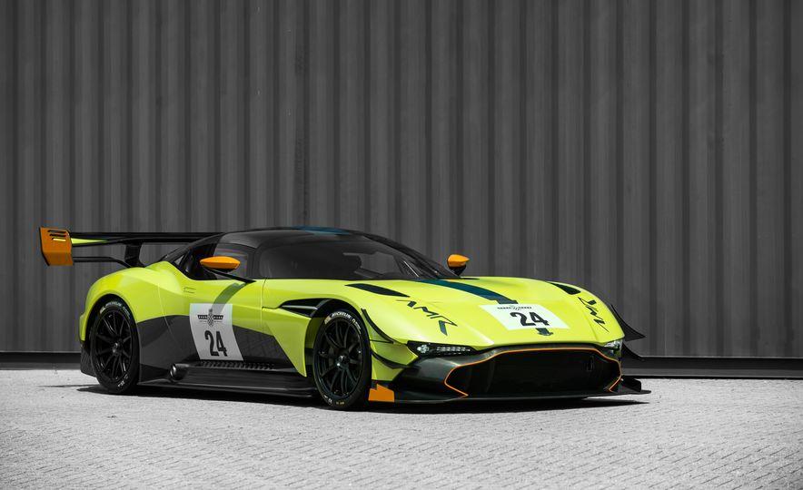Aston Martin Vulcan AMR Pro - Slide 6