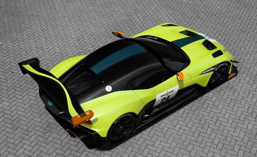 Aston Martin Vulcan AMR Pro - Slide 9