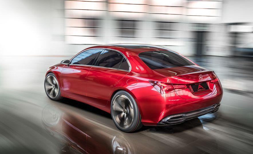 Mercedes-Benz Concept A Sedan - Slide 3