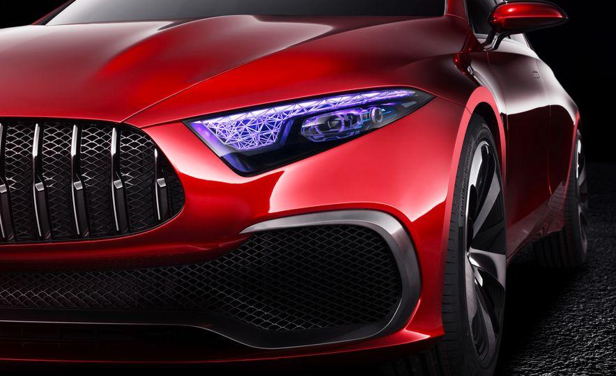 Mercedes-Benz Concept A Sedan - Slide 9