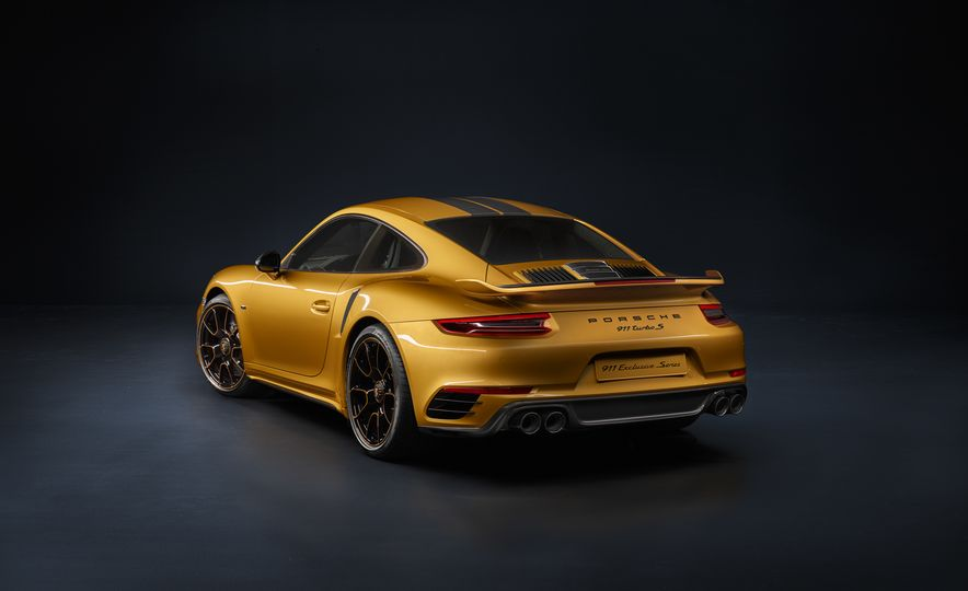 Porsche 911 Turbo S Exclusive Series - Slide 6