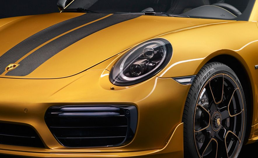 Porsche 911 Turbo S Exclusive Series - Slide 7