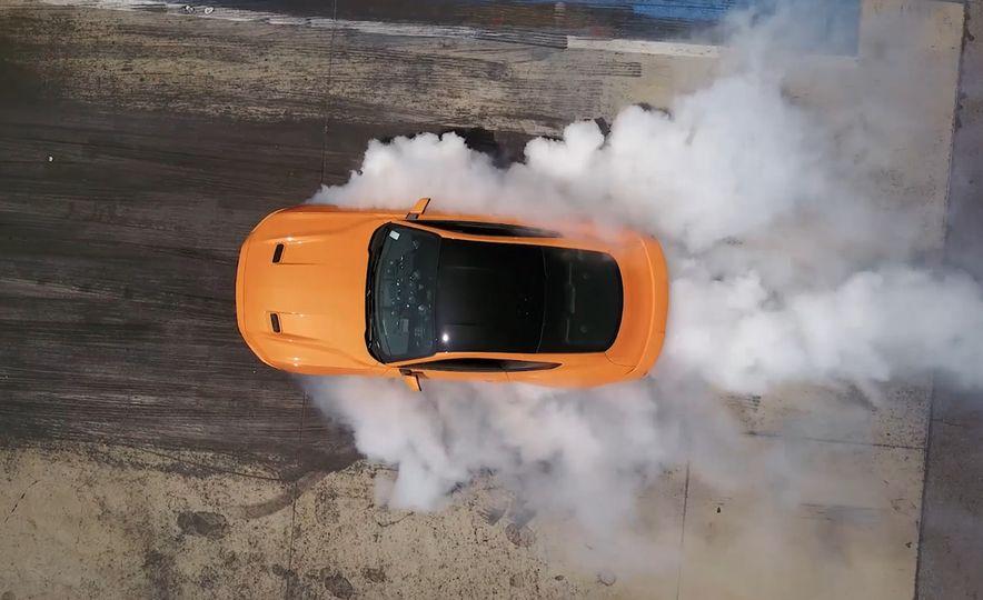 2018 Ford Mustang - Slide 1