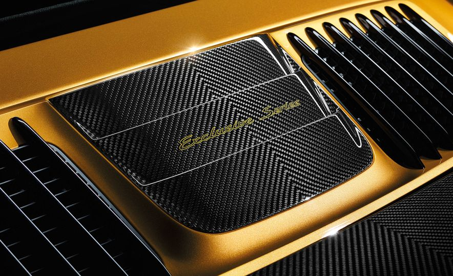 Porsche 911 Turbo S Exclusive Series - Slide 12
