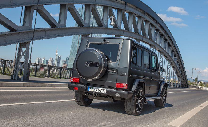 Mercedes-Benz 230 G - Slide 29