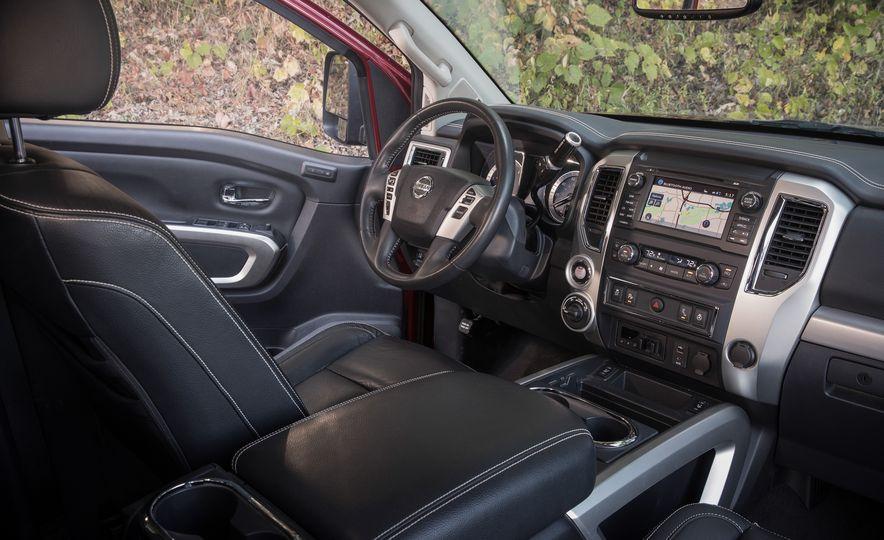 2016 Nissan Titan XD 4x4 diesel - Slide 7