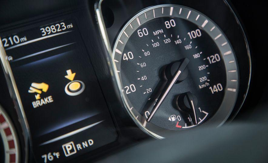 2016 Nissan Titan XD 4x4 diesel - Slide 9