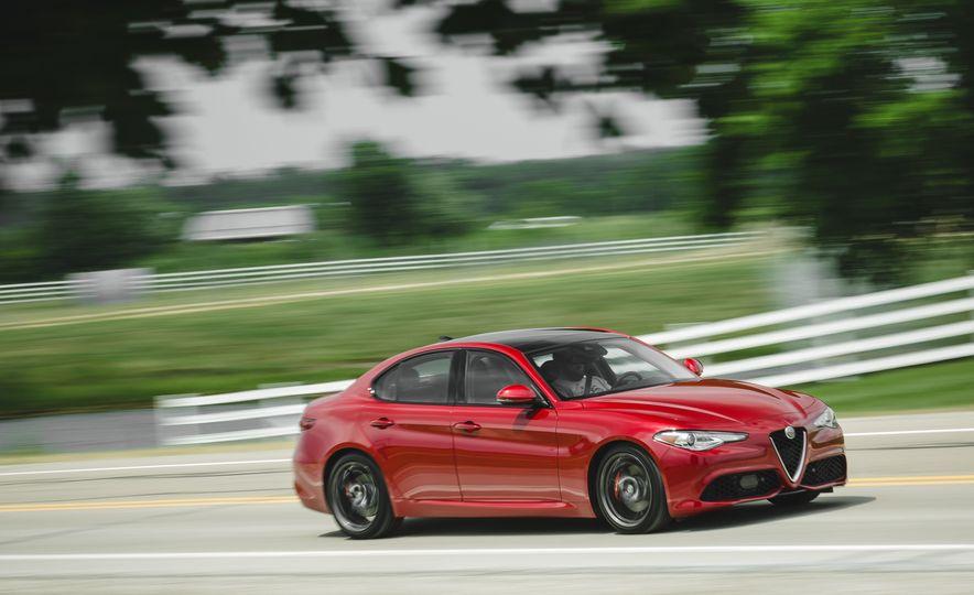 2017 Alfa Romeo Giulia - Slide 3