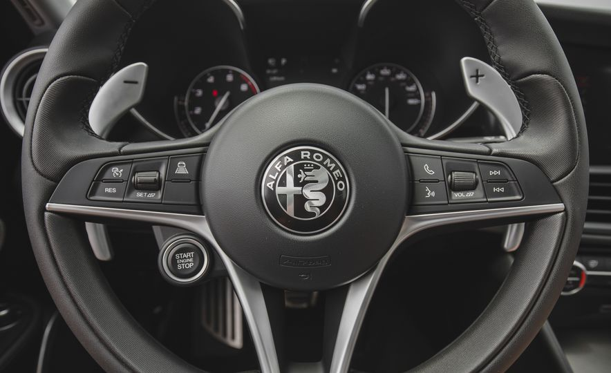 2017 Alfa Romeo Giulia - Slide 40