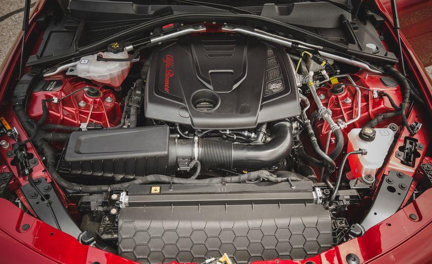 2017 Alfa Romeo Giulia - Slide 79