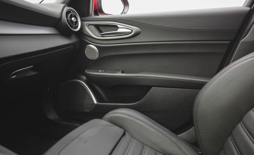 2017 Alfa Romeo Giulia 2.0T - Slide 55