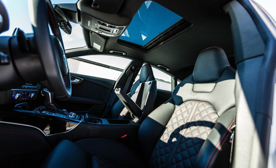 2017 Audi A7 - Slide 33