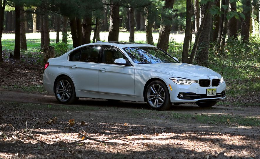 2017 BMW 3-series - Slide 1