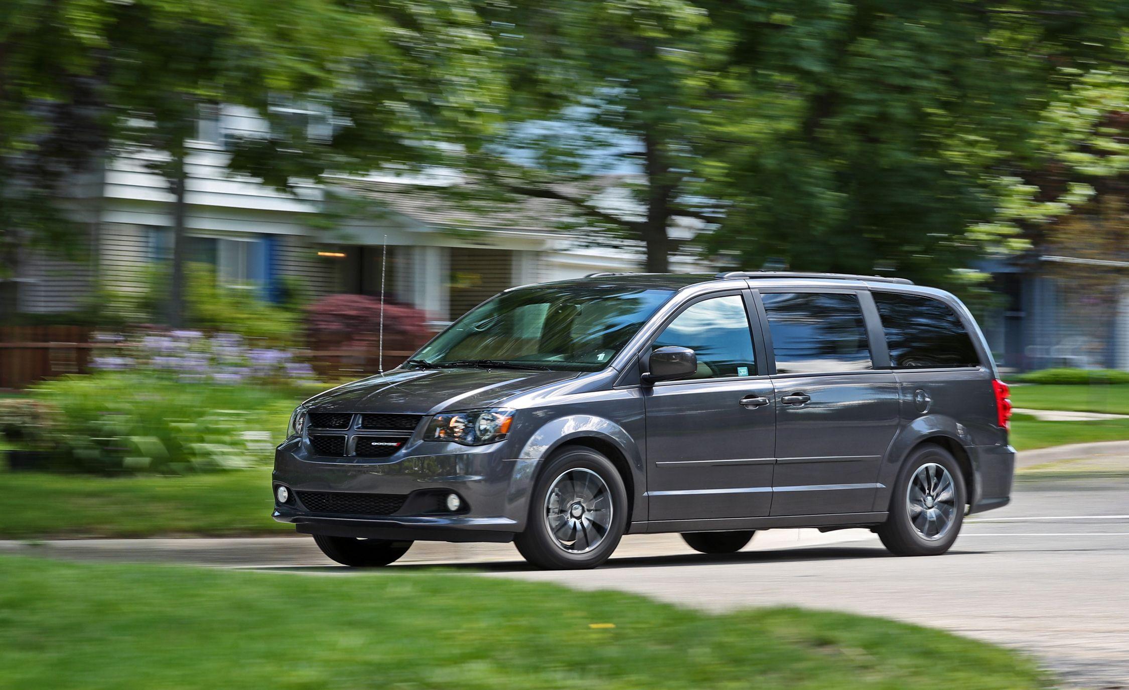 Dodge Grand Caravan Reviews Price Photos And Specs Car Driver
