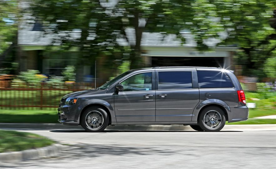 2017 Dodge Grand Caravan - Slide 6