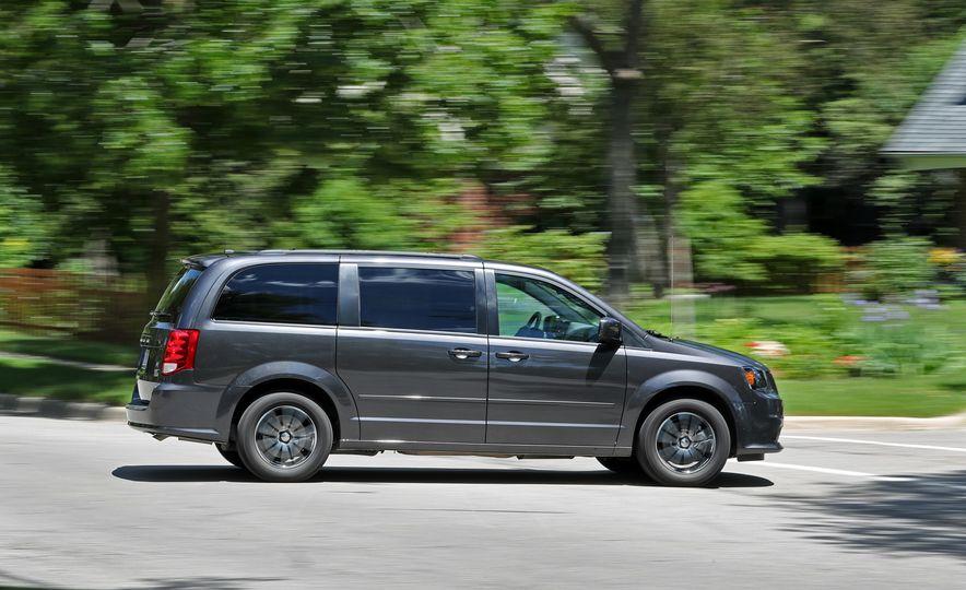 2017 Dodge Grand Caravan - Slide 12