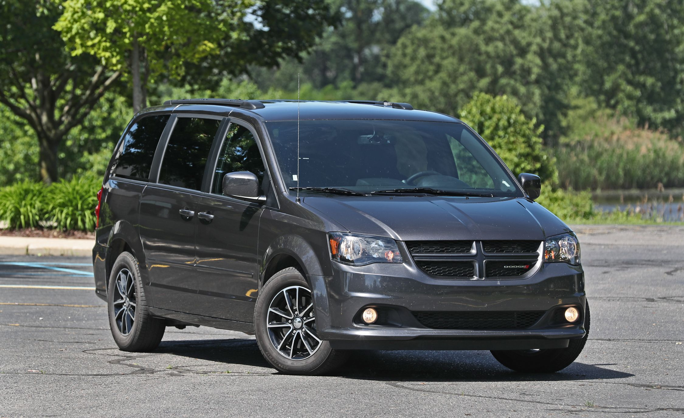 Dodge Grand Caravan Reviews Price Photos And Specs Car Driver