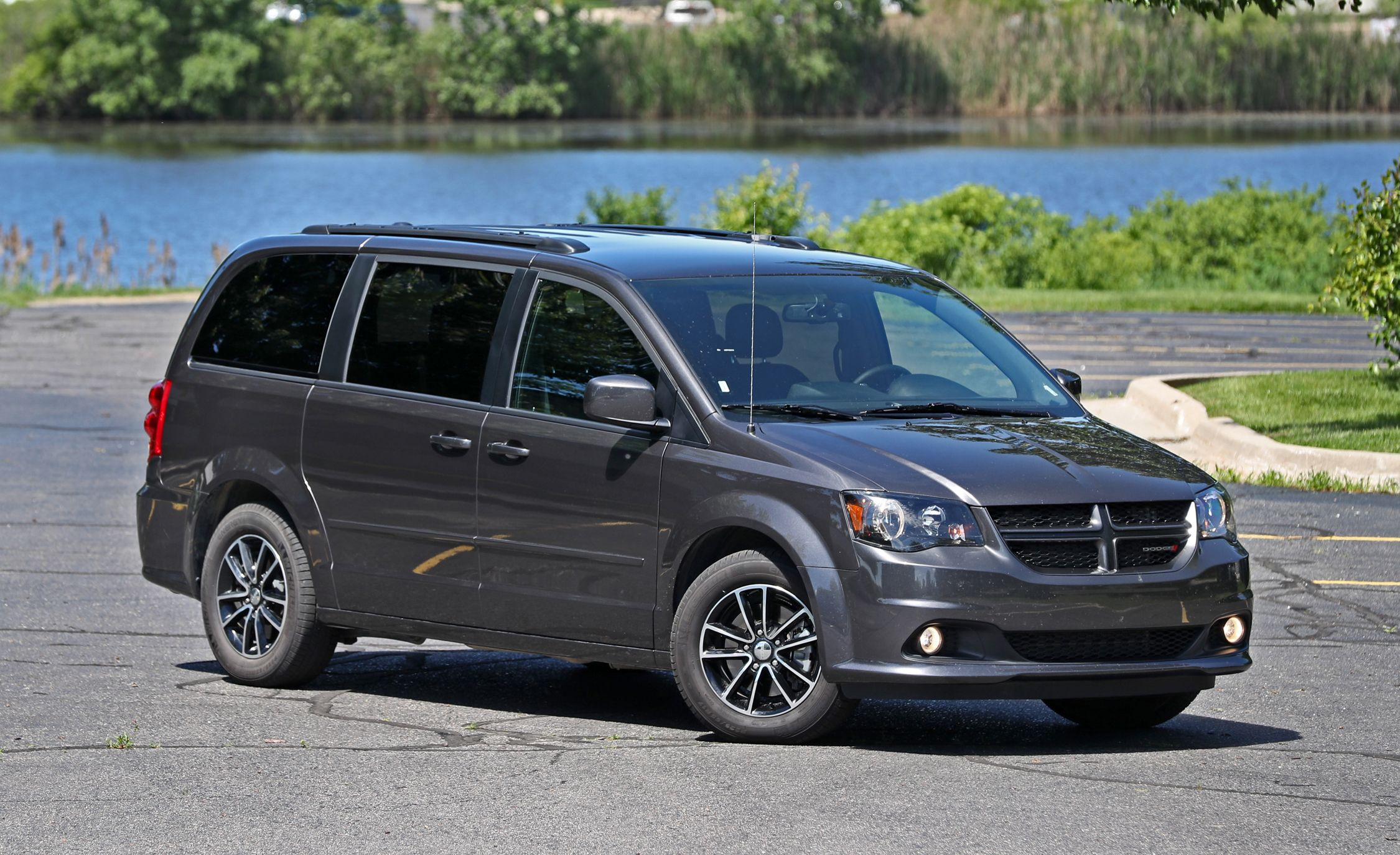 Dodge Grand Caravan Reviews Price Photos And Download Image 2001 Wiring Diagram Pc Android Iphone Specs Car Driver