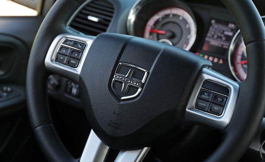 2017 Dodge Grand Caravan - Slide 39