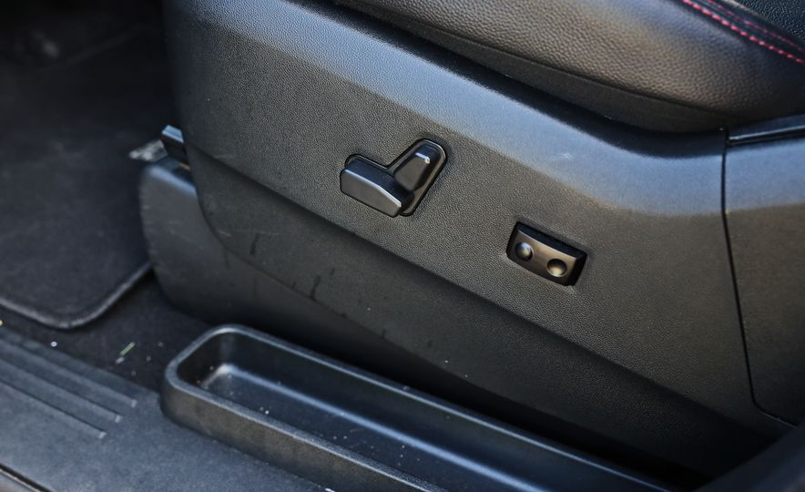 2017 Dodge Grand Caravan - Slide 53