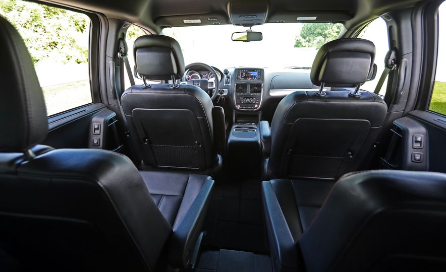 2017 Dodge Grand Caravan - Slide 66