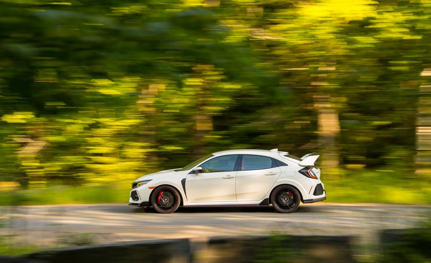 2017 Honda Civic Type R - Slide 15