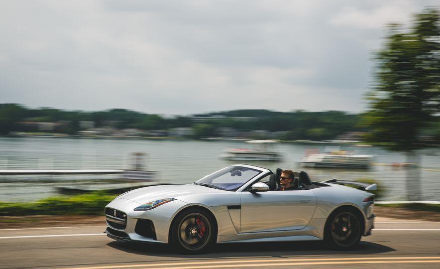2017 Jaguar F-Type SVR - Slide 4
