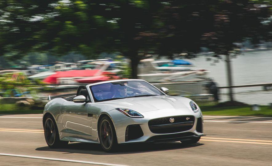 2017 Jaguar F-Type SVR - Slide 11