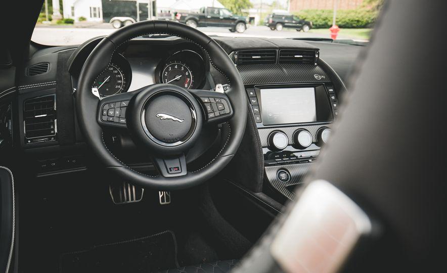 2017 Jaguar F-Type SVR - Slide 38