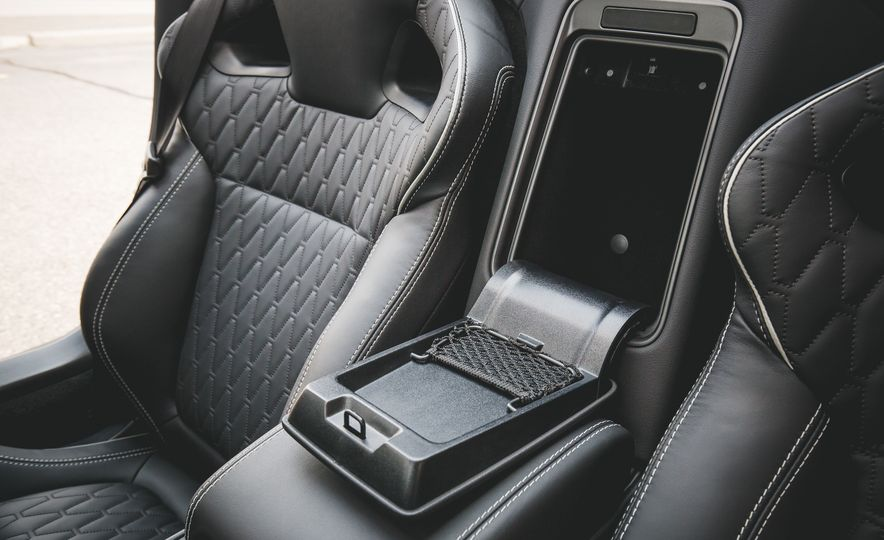 2017 Jaguar F-Type SVR - Slide 52