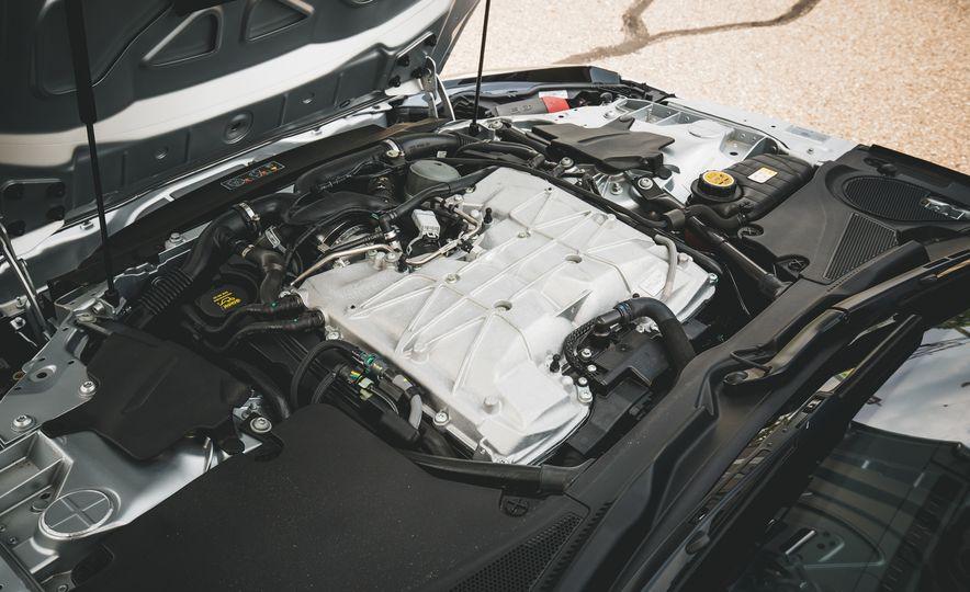 2017 Jaguar F-Type SVR - Slide 57