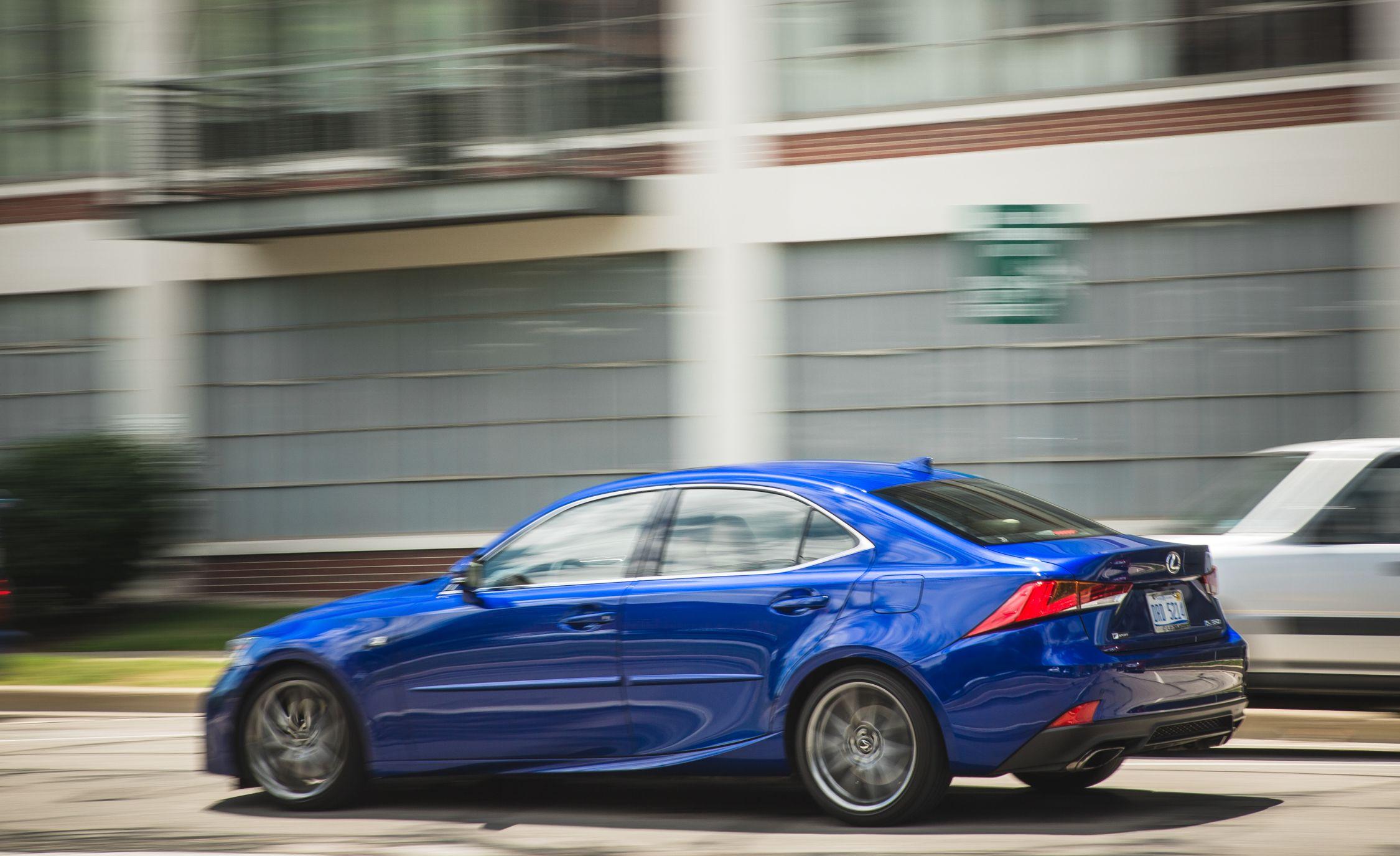 2017 lexus is350 f sport mpg