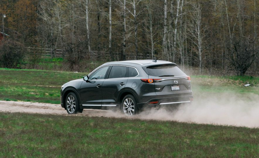 2017 Mazda CX-9 Signature AWD, 2017 GMC Acadia Denali AWD, 2018 Volkswagen Atlas SEL Premium 4MOTION, 2017 Dodge Durango GT AWD, and 2017 Honda Pilot Elite AWD - Slide 55