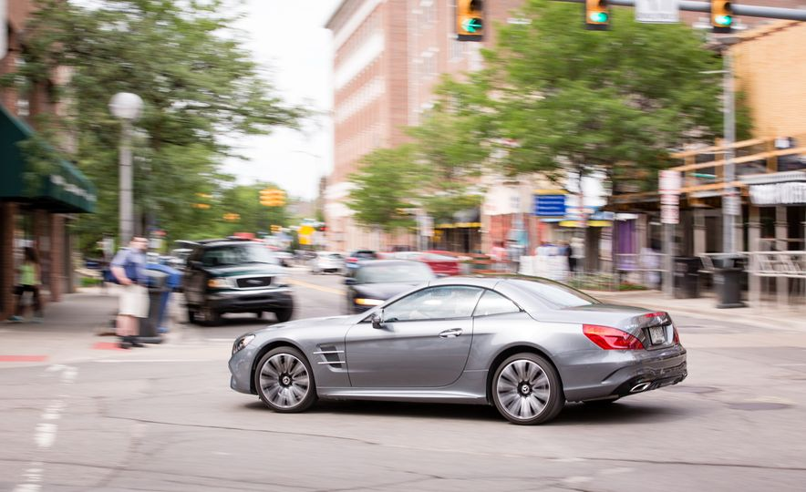 2017 Mercedes-Benz SL450 - Slide 7