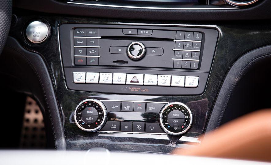 2017 Mercedes-Benz SL450 - Slide 29