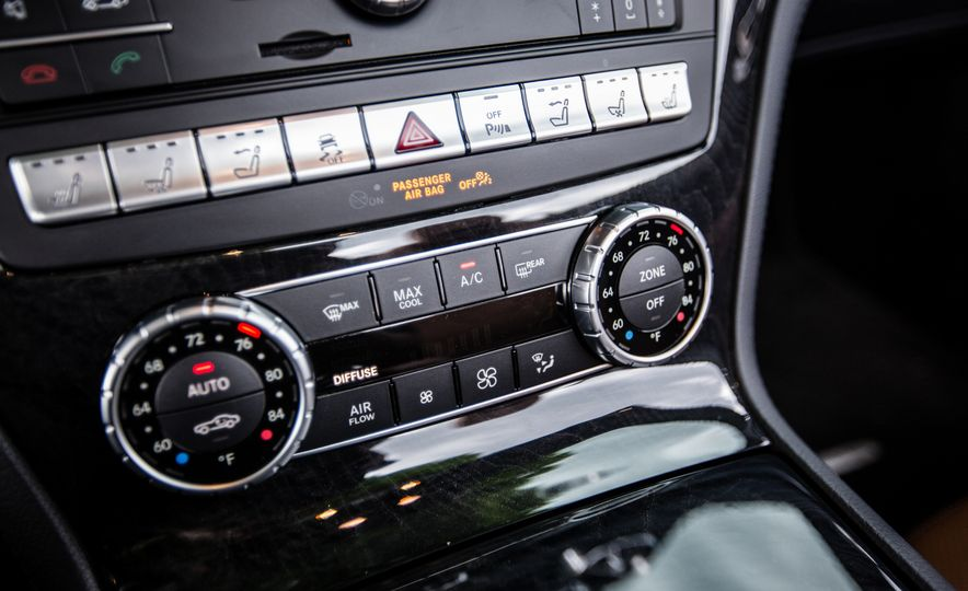 2017 Mercedes-Benz SL450 - Slide 30