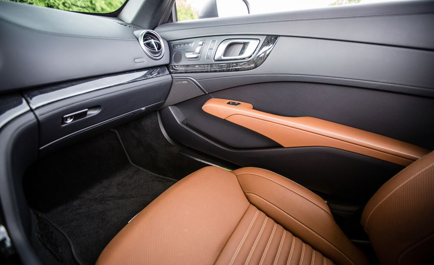 2017 Mercedes-Benz SL450 - Slide 41