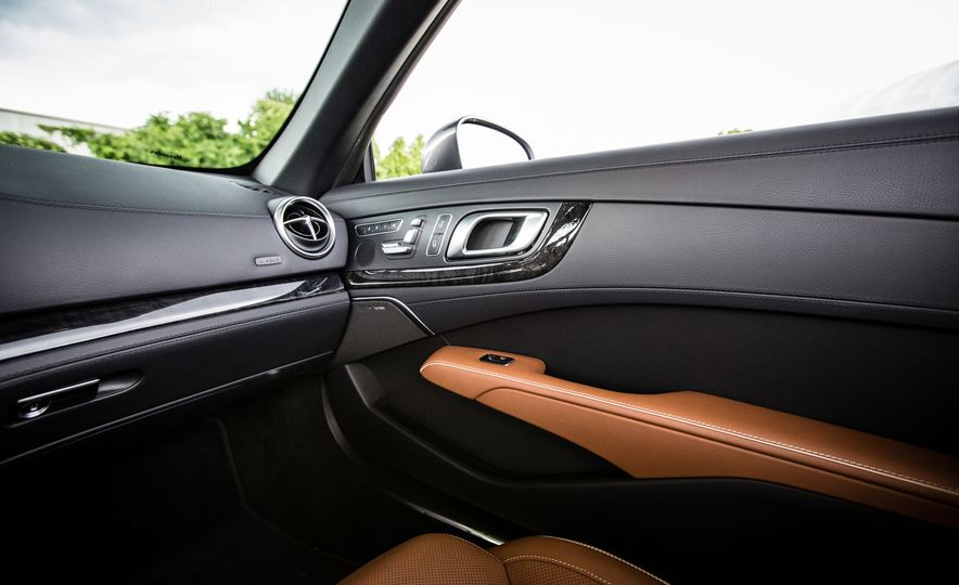 2017 Mercedes-Benz SL450 - Slide 42
