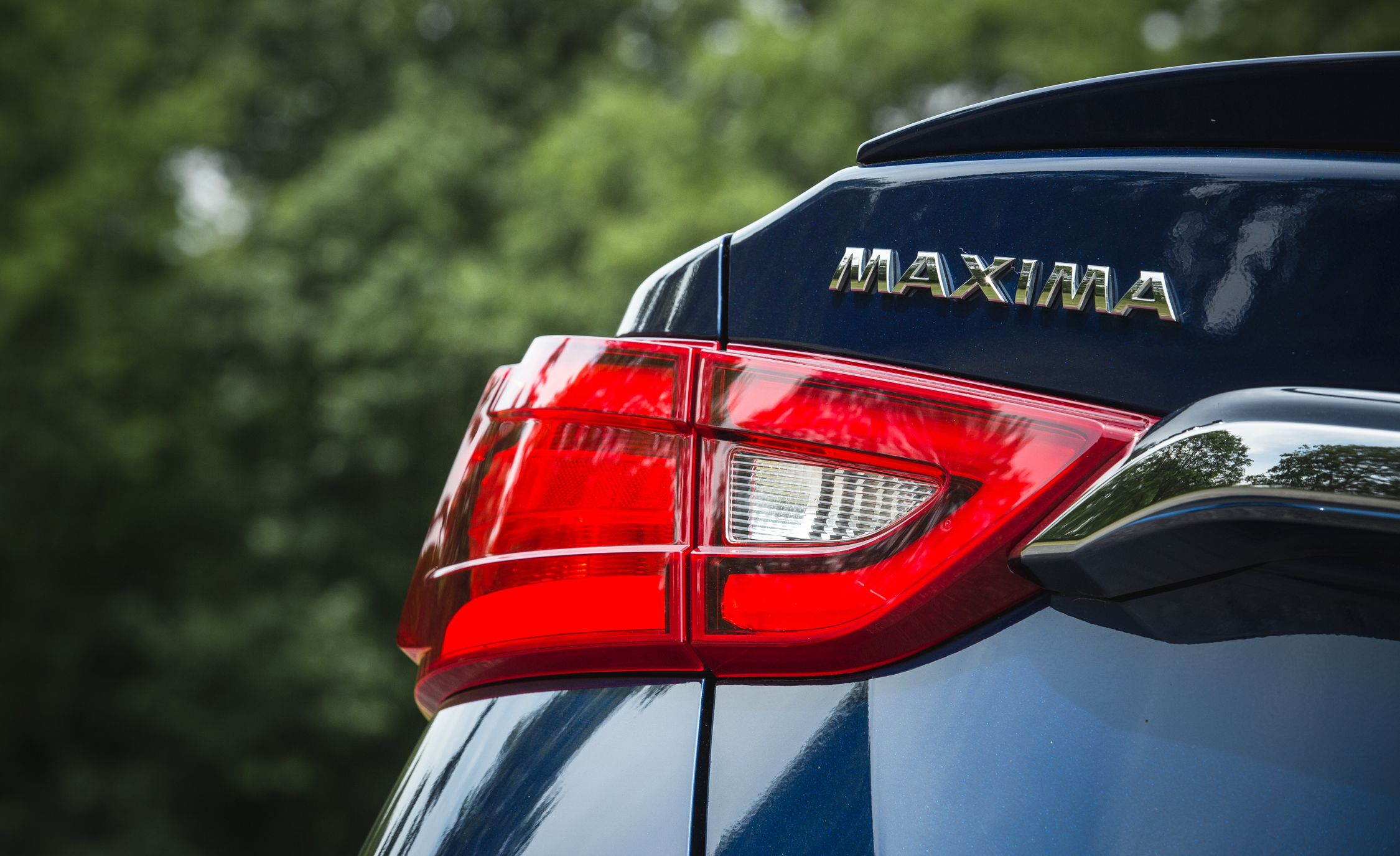 Nissan Maxima Reviews Nissan Maxima Price s and Specs