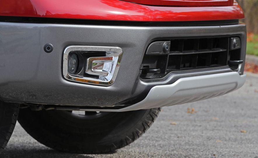 2017 Nissan Titan - Slide 15