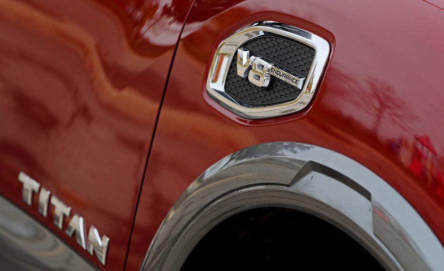 2017 Nissan Titan - Slide 17