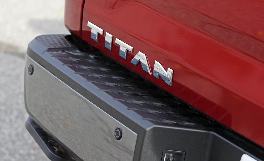 2017 Nissan Titan - Slide 22